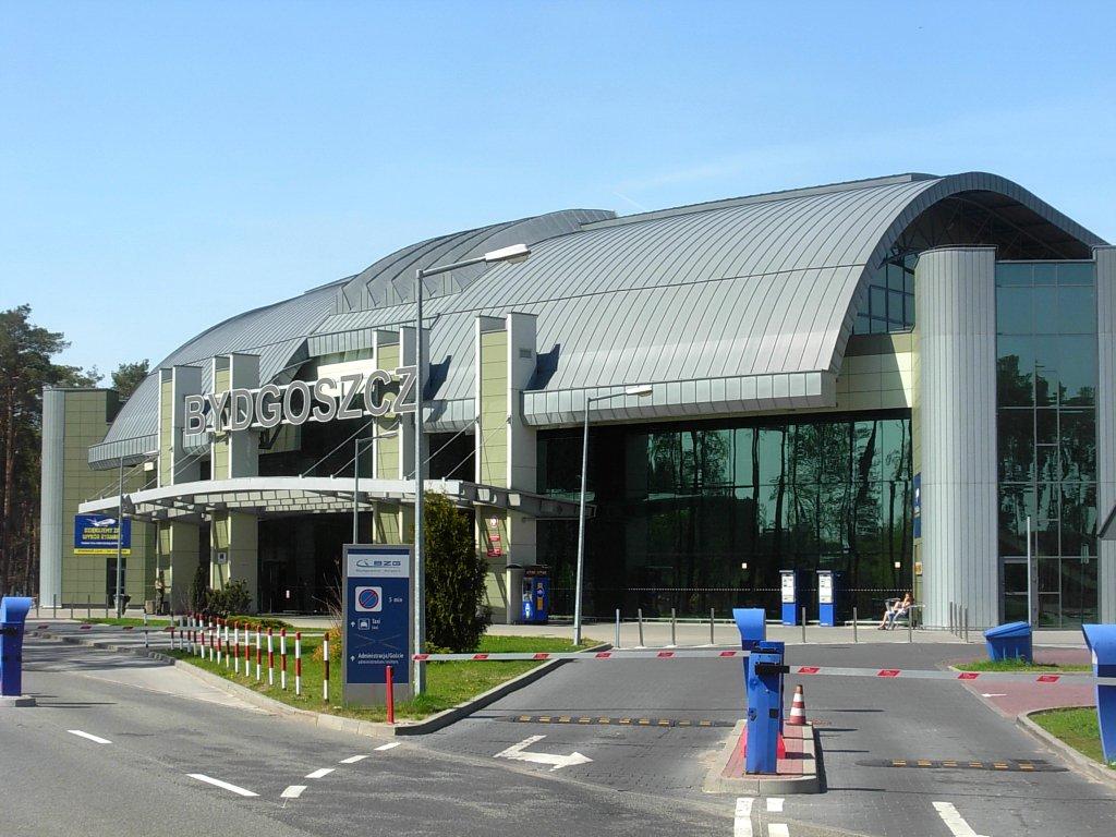 Bydgoszcz airport parking